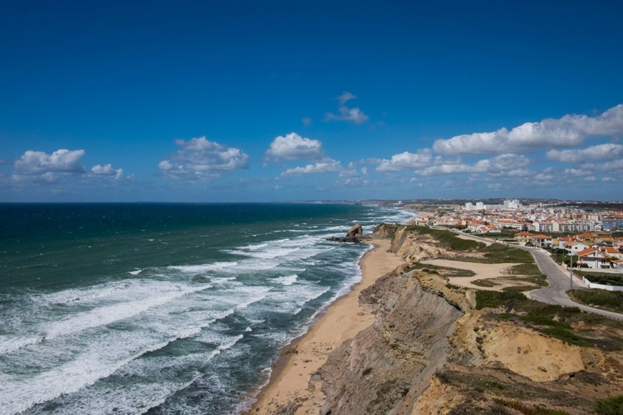 EN247 Peniche Road trips in Portugal