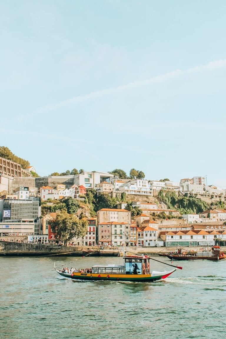 ribeira instagrammable places in oporto