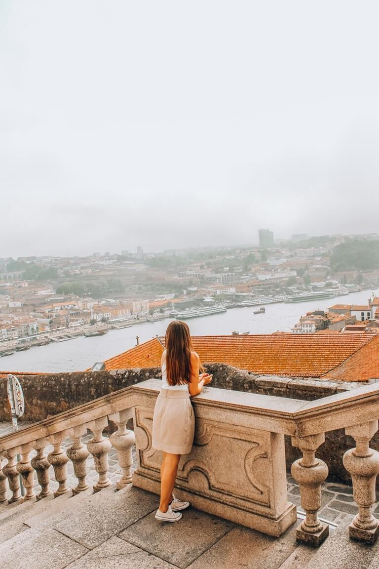 instagrammable places in oporto cathedral