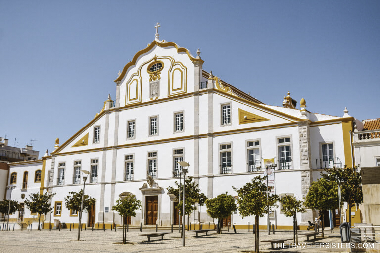 igreja-e-colegio-dos-jesuitas-portimao-algarve